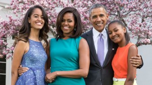 obama-family-portrait-sasha-malia-today-tease-150619_1ddba0ae3952682d6bae521d01abca3d-2